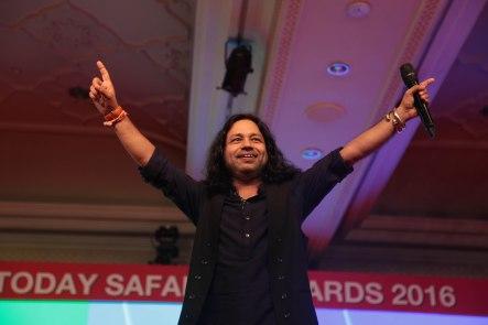 Kailash Kher,Noted Singer at India Today Safaigiri Award function , in new Delhi on Sunday -13.jpg